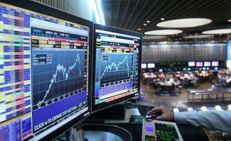 Expertos recomiendan mercados desarrollados y subponderar bolsa local