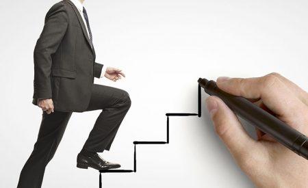 Número de ejecutivos que ingresan a programas de recolocación crece un 15% en un año