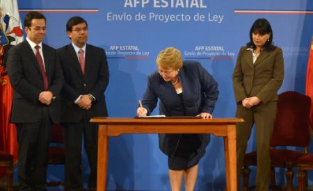 Pensiones y AFP Estatal: Gobierno pone pie en el acelerador