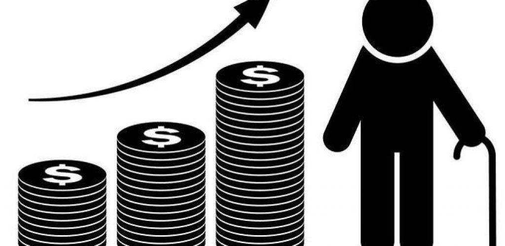 Los pros y los contras de cotizar si trabaja después de jubilar