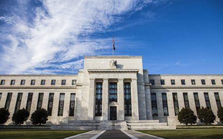 Fed sorprende al mercado y no prevé nuevas alzas en 2019 ante desaceleración del PIB e inflación