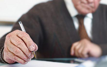 Pensiones aumentarían hasta 80% si se posterga la edad de jubilación en cinco años y cotización aumenta a 14%